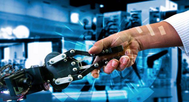Fujitsu y KUKA unidos por un proyecto pionero entre humanos y robots